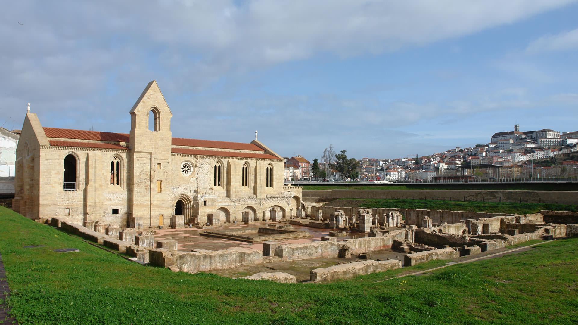 Coimbra- Convento Sta. Clara-a-Velha